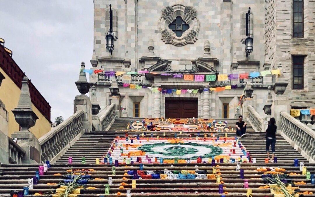 Tras 19 años, por primera vez no habrá ofrenda monumental de Día de Muertos en la UG 😢 💔