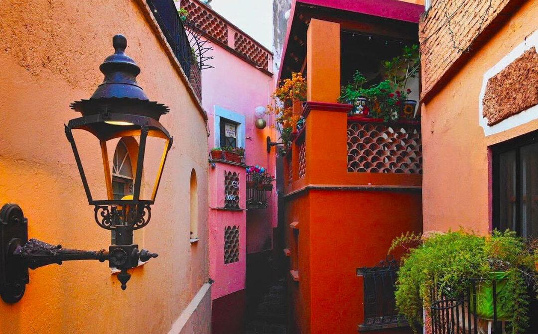 Leyenda del Callejón del Beso, un fantástico y romántico sitio de Guanajuato 🇲🇽💘